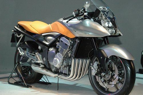 Suzuki's Katana 6cyl concept- fantastic!