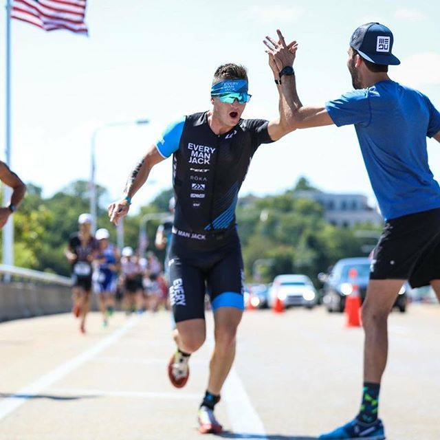 Competing at @ironmantri 70.3 World Championships is no tiny feat. And the power of encouragement from friends, family, supporters on the road is just as big of a deal. Share the dream, #LiveYourDream! (Photo from @emjtriteam, by @talbotcox ) #highfive #Garneau #GarneauCustom #ironman703 #chattanooga #ironmanwc703 #ironmanwc #ironmanathlete