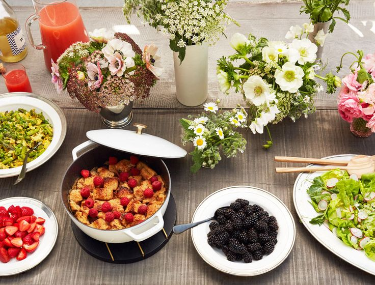 Nothing says I love you like a homemade meal so, this year, why not treat mom to a delicious brunch. This fresh spring menu is easy yet impressive and has a little something for everyone.