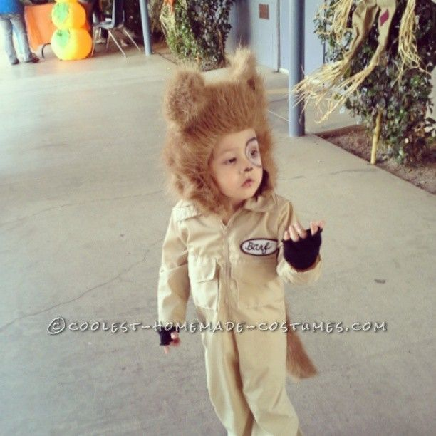 Coolest Homemade Barf Costume for a Toddler (from Spaceballs)... This website is the Pinterest of costumes