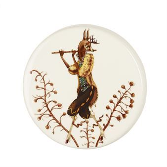 Tanssi wall plate by Iittala is a fun and different decoration to hang on your wall. The plates are designed by Klaus Haapaniemi and have illustrated motives with different characters inspired by the Czech opera The Cunning Little Vixen. The story explores the co-existence of animals and humans and the wall plates portraits the colorful inhabitants of the mystical forest. Choose your favorite!