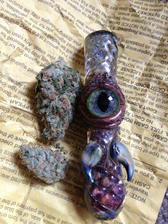 A cool pipe - CannabisTutorials.com