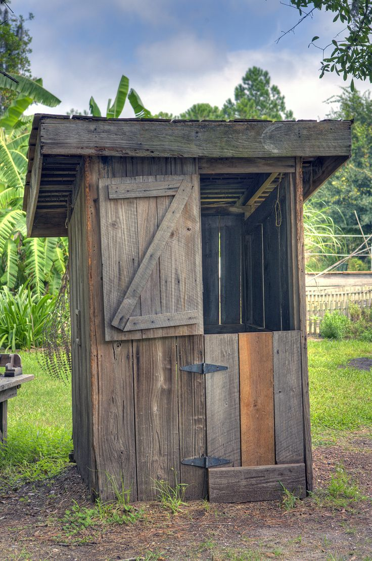 Best Images About Outhouses On Pinterest - Outhouse bathroom