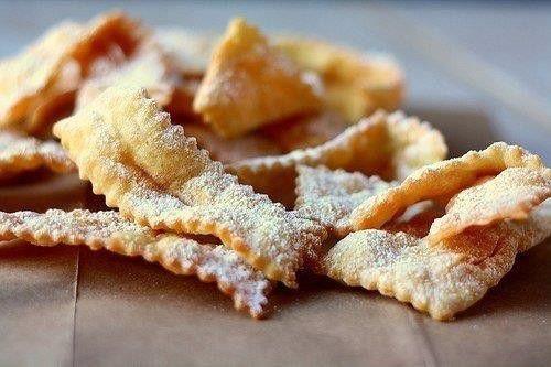 Хворост: лучшие рецепты любимого десерта