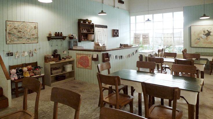 Indoor sitting place / cashier / zakka store
