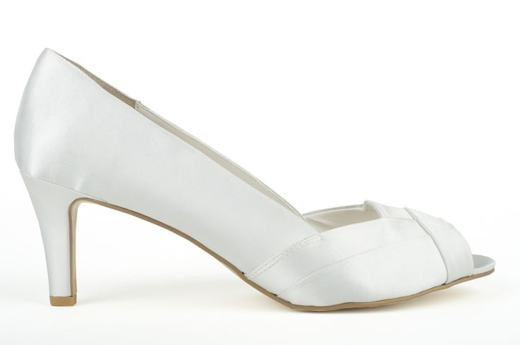 AW13 262 Satin scallop edge peep toe court by DIANA FERRARI on a deceptively low heel that flatters and elongates your leg line. A timeless style that can be worn by brides or easily re-coloured for any other occasion. WIDTH: B HEEL: 6cm