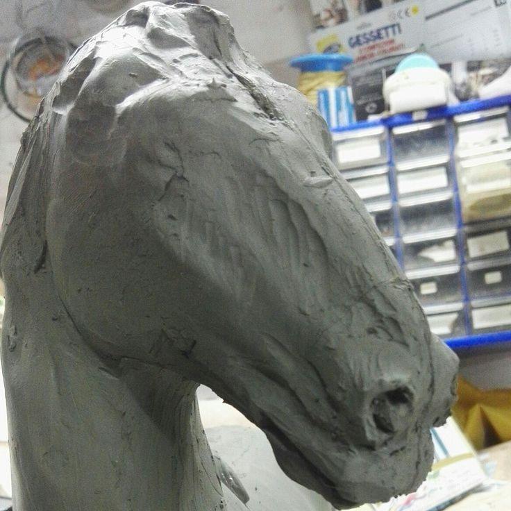 Hourse ,modello di cavallo di Ivano Costabile sito web www.artepresepiale.it