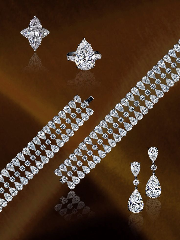 Pear shape and Mq diamond sets from the Dehres Collection