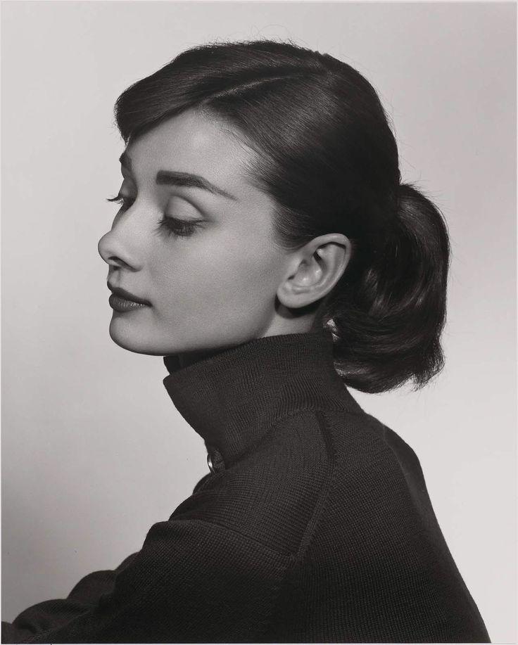 Audrey Hepburn by Yousuf Karsh #blackandwhite #legend