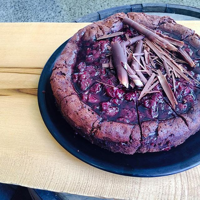 Pressed chocolate and sour cherry cake - gluten free and delicious! #chocolate #cake #delicious #dessert
