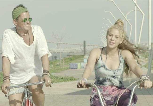 Carlos Vives y Shakira, demandados por plagio por su exitoso tema 'La bicicleta'