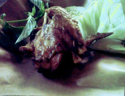 fried chicken wings so yummy {}