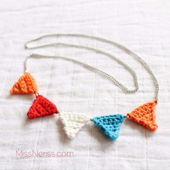King's Day crochet bunting necklace, via missneriss.com, available to buy from #etsy