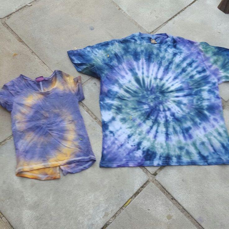 Alien tie dye designs