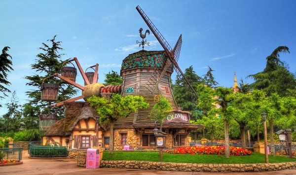 Pirouettes du Vieux Moulin, Fantasyland - Disneyland Paris ● ● ● ● ● ● ● ● ● ● ● ● ● ● ● ● ● ● ● ● ● ● ● ● ● ● ● ● ● ● ● ● ● ● ● ●