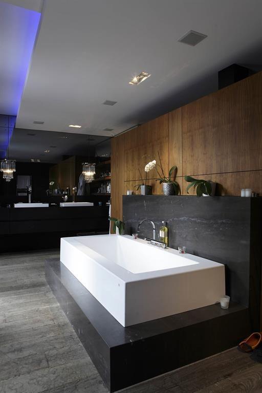 les 25 meilleures id es de la cat gorie salles de bains luxueuses sur pinterest maisons. Black Bedroom Furniture Sets. Home Design Ideas