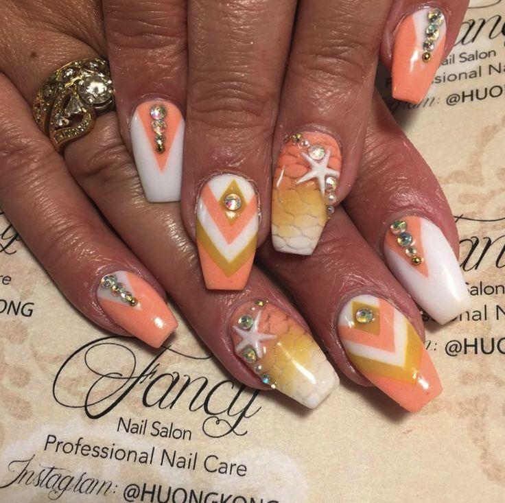 peach summer beach theme squareletto / coffin nail design