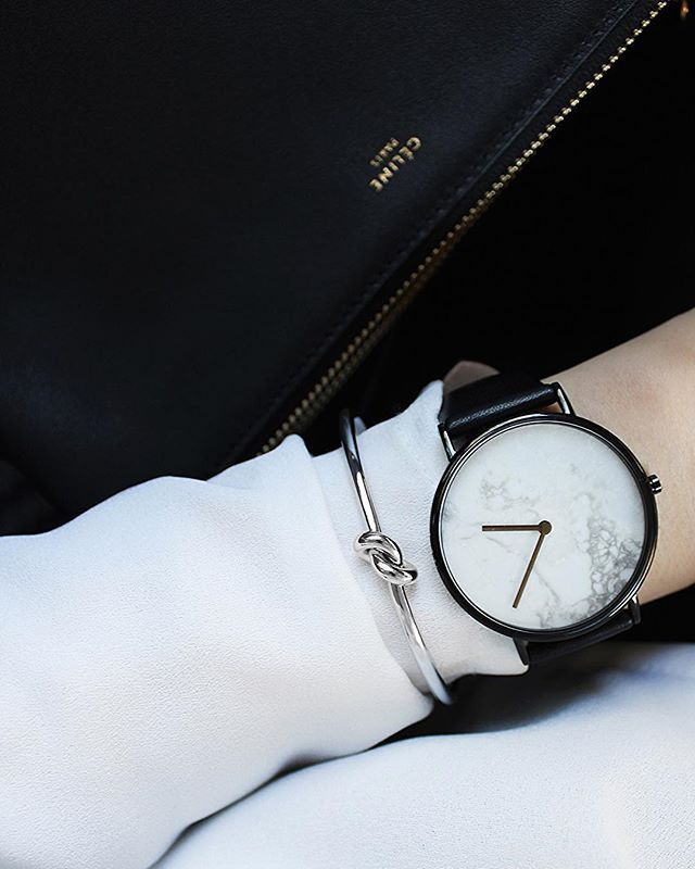 Details. & the watch that had me at 'marble' @the_horse #thehorse