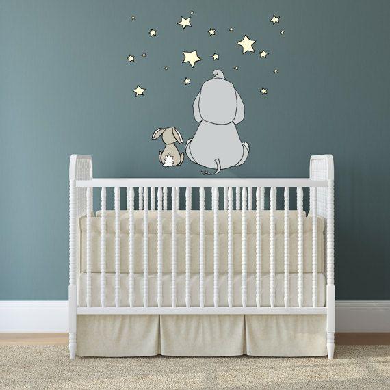 eine entzückende Wandtattoo für Ihr kleines Kinderzimmer! Diese Aufkleber misst 30 x 19 Zoll, mit einem kleinen Elefant und Hase Freund machen Wünsche unter den Sternen. Es ist ein leichter Stoff Wandtattoo, das ist sicher, auf einer sauberen, nicht-poröse Wand setzen und oft
