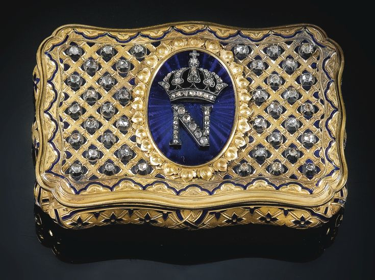 JEWELLED GOLD ANS ENAMEL NAPOLEON III SNUFF BOX. RETAILED BY MAURICE MAYER PARIS 1860. Sotheby's