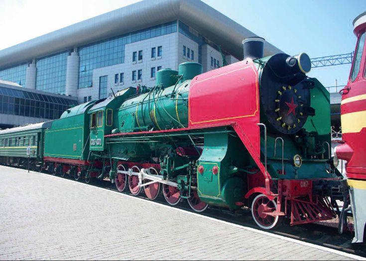 Soviet railway 174371 a 2100 decapod