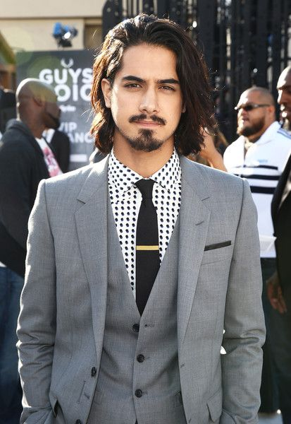 Avan Jogia Photos - Spike TV's Guys Choice 2015 - Red Carpet - Zimbio