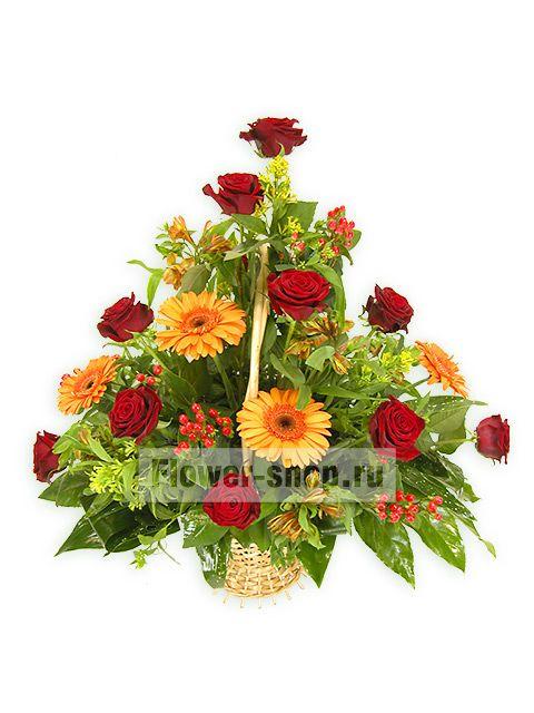 Корзина Статус из коллекции цветов на Flower-shop.ru. 100% гарантия свежести! Заказ в 1 клик! Доставка цветов по Москве бесплатно.