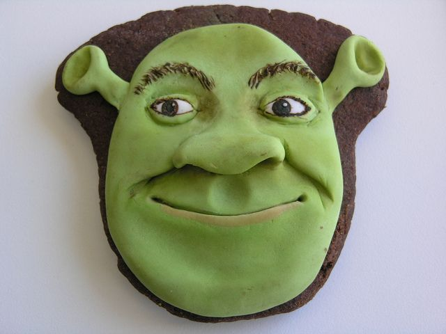 50 best character cookies images on pinterest biscuits decorated cookies and biscotti - Biscuit shrek ...