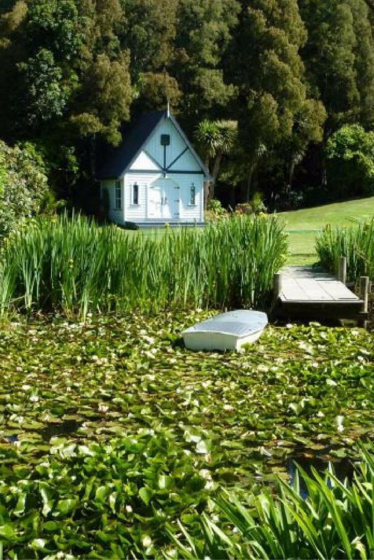 BRIDGEWATER COUNTRY ESTATE // Auckland, NZ // via #WedShed http://www.wedshed.com.au/wedding_venues/bridgewater-country-estate-new-zealand-auckland/