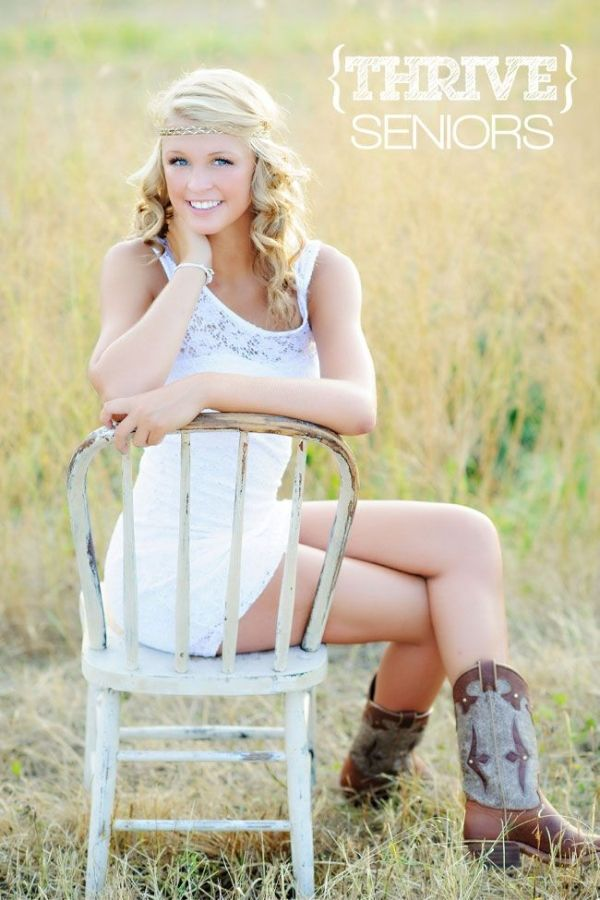 unique Senior Pictures Ideas For Girls | ... bingham high school senior is auh maz ing posted in senior no comments by Christina Grumbles