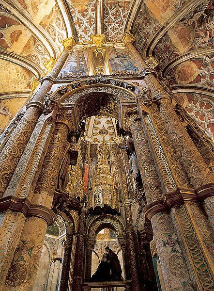 Convento de Cristo, em Tomar. Altar do Calvário da igreja abacial. #Portugal #templars