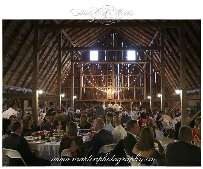 RUSTIC BARN WEDDING IN SARSFIELD, ONTARIO