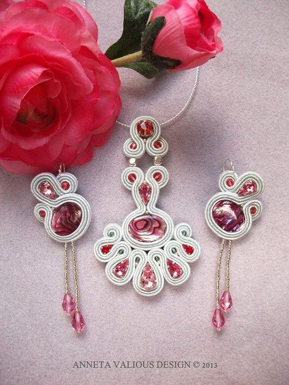 Soutache embroidered set L'eau de rose by AnnetaValious on Etsy, $199.00