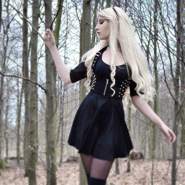 Come walk with me in the woods...I'm calling to the Big Bad boy ;)