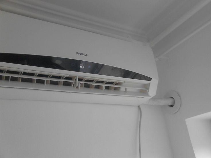 Montaj aer conditionat Beko12000 Btu ( astupare gaura , pompa vid ) Traseu frigorific 3 ml  Durata : 1.20 minute  Pret : 350 Lei