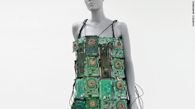Wearable Tech 7: Circuit Chic | 35 circuit boards create a wearable musical instrument which create sounds through copper plates on wearers fingers. Designer Nicky Assmann
