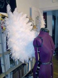 DIY Angel Wings from a costume designer- great for a little girls angel costume?