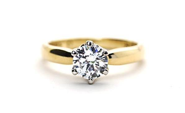 18ct #YellowGold and #Diamond Solitaire. http://www.sterns.co.za