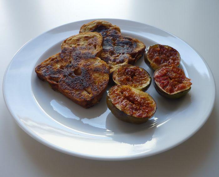 Wentelteefjes van suikerbrood met gebakken vijg - Recept - Vijg.nl