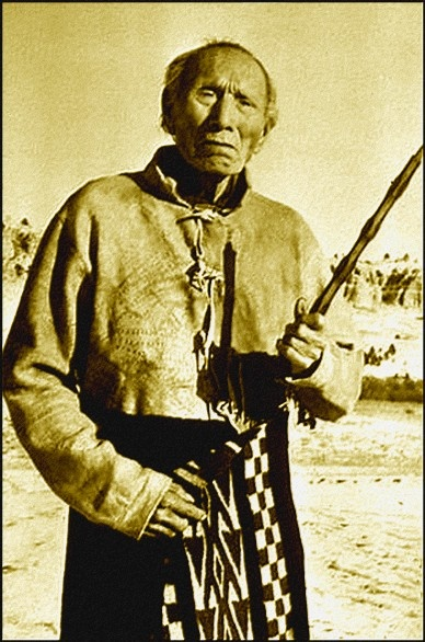 "Black Elk (Oglala Sioux) 1863-1950. Black Elk experienced a vision at age nine that led to his becoming a medicine man renowned for his spiritual and healing powers. He participated in the Custer battle, the Ghost Dance religion and the Wounded Knee massacre. One of the most important books ever written about Native spirituality, ""Black Elk Speaks: The Life Story of a Holy Man of the Oglala Sioux"" has become the ""bible"" for young Indians, who look to it for spiritual guidance."
