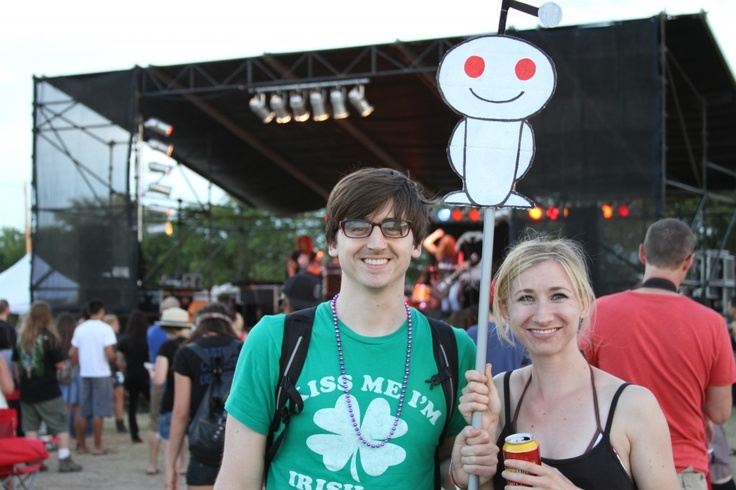 Reddit-ers at Fire Fest Music Festival in Austin, Texas! Reviewed by @The Austinot