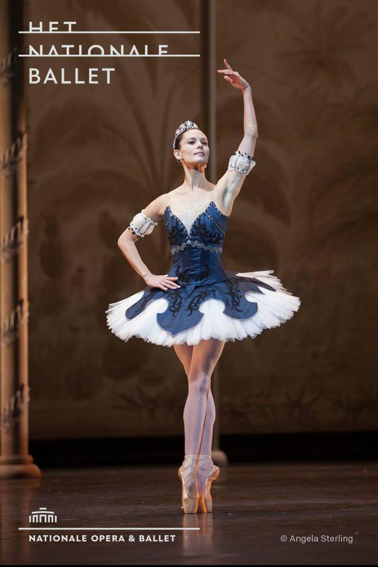 Het Nationale Ballet - Dutch National Ballet's Igone de Jongh