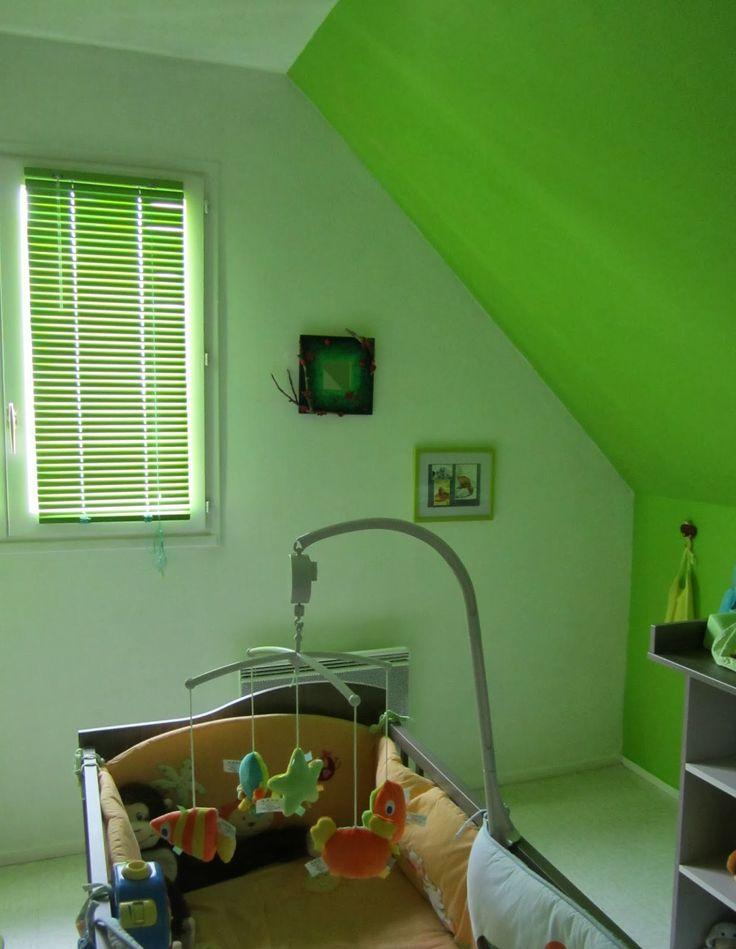 Miroir Branches et coccinelles créé par Séverine Peugniez pour la chambre d'un petit garçon  http//:severinepeugniez.blogspot.fr