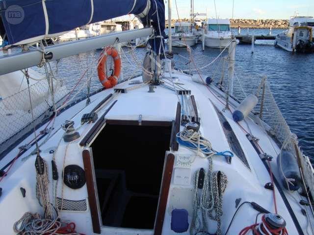 Yates veleros veleros y mega yates por grecia alquiler for Yates de segunda mano baratos