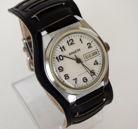White dial mens watch RAKETA 19 jewels, gents mechanical  wrist watch date calendar, vintage watch for men, men's dress watch 70s, gift idea