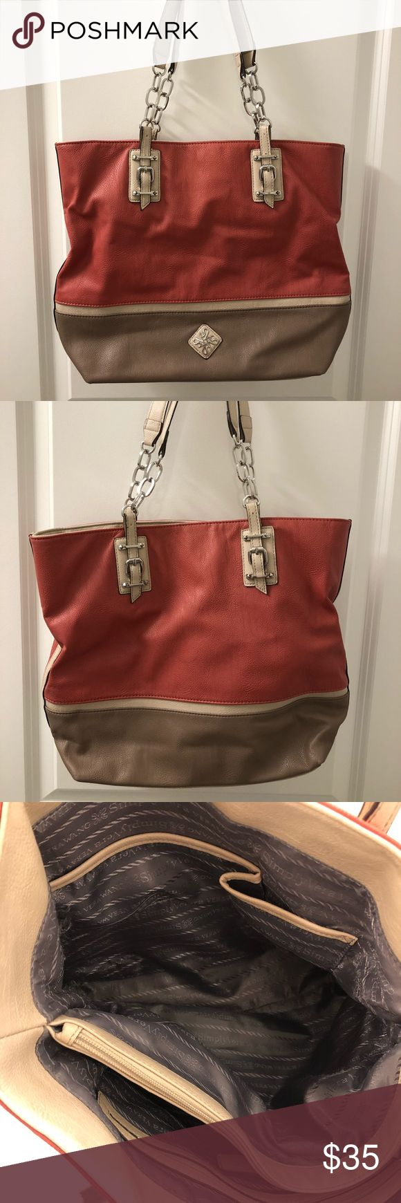 🌺Simply Vera- Vera Wang Satchel Purse Very stylish, cute Simply Vera Purse. Colors are great for fall & winter. In great condition. Slightly used. Simply Vera Vera Wang Bags Totes