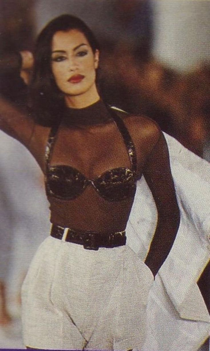 Supermodel Yasmeen Ghauri was slaying the style trade within the 90s.