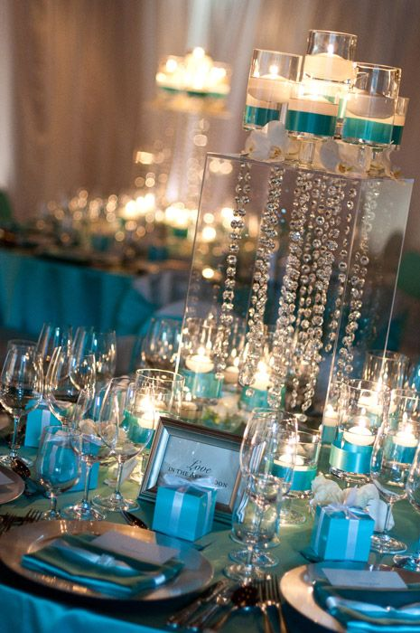 Crystal, blue & candles. This look is so simple and clean, but so beautiful with the crystals giving off that sparkle!
