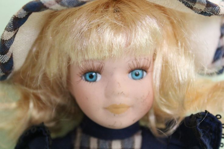 Porcelain Doll With Box, WSM Produkt, Collectors Doll, Long Lashes, Blonde Hair…