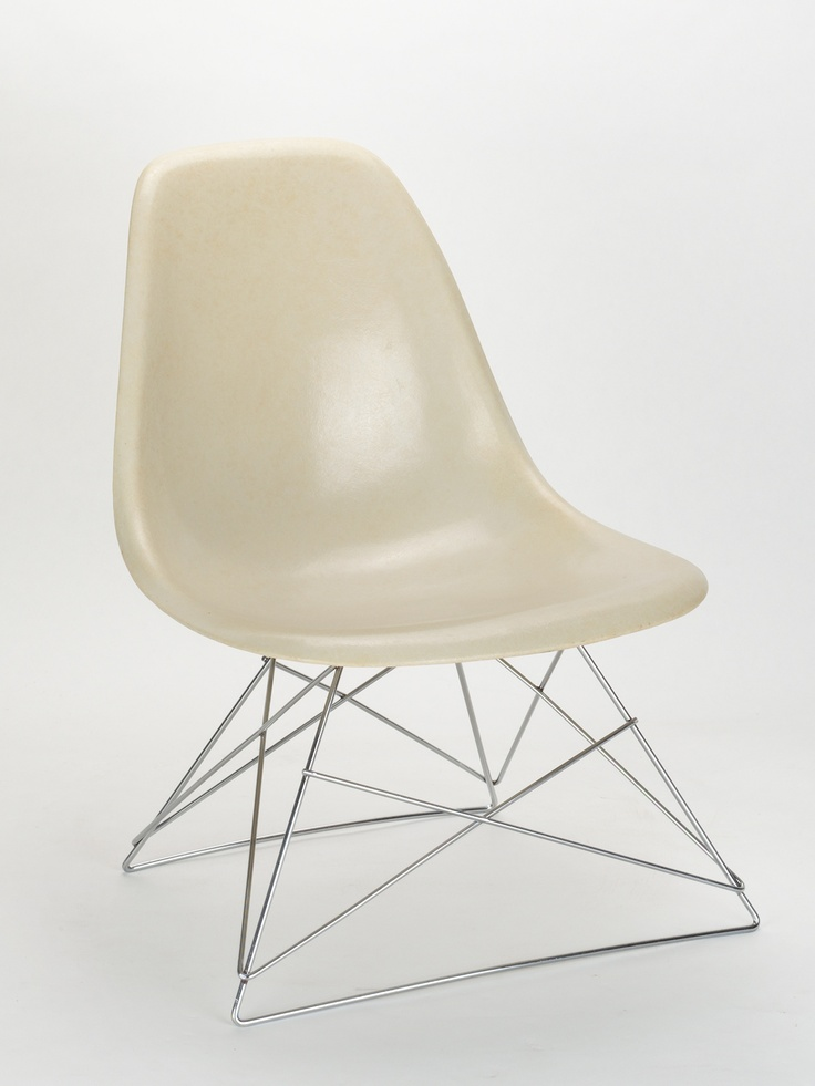 Charles & Ray Eames, Side Chair (1950)